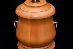 urny-08